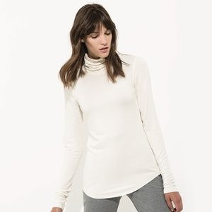Technical Cashmere Brushed Willow Turtleneck